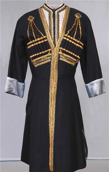 Кавказский национальный костюм мужской порох