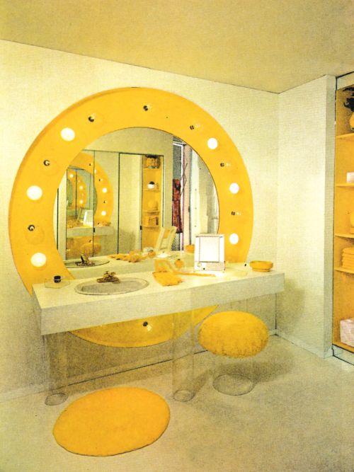 1970s Bathroom