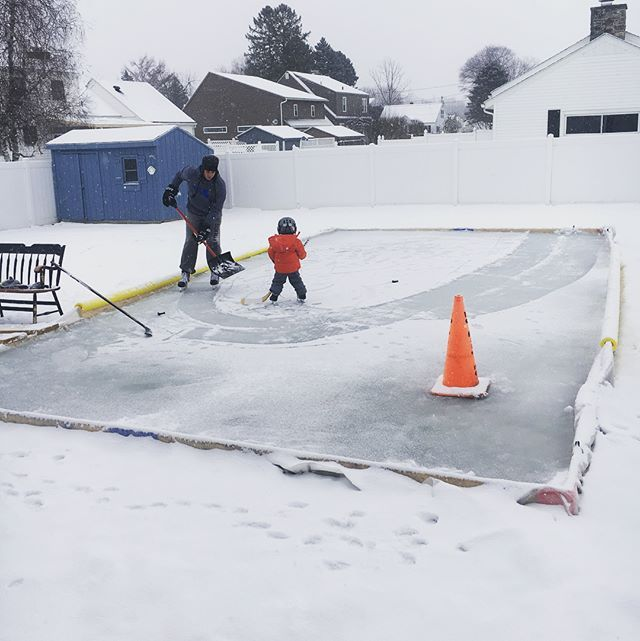Backyard Ice Rinks - Hockey Rinks, Liners & Accessories | NiceRink