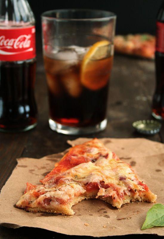 Masa de pizza fina y crujiente