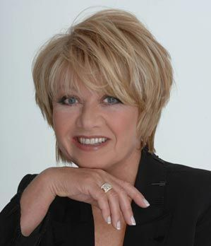 Elaine Paige at The Birchmere by Doug Poms