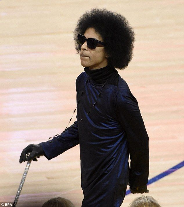 Treated like royalty: Prince arrived to a standing ovation at the Golden State Warriors game in Oakland, California on Thursday night