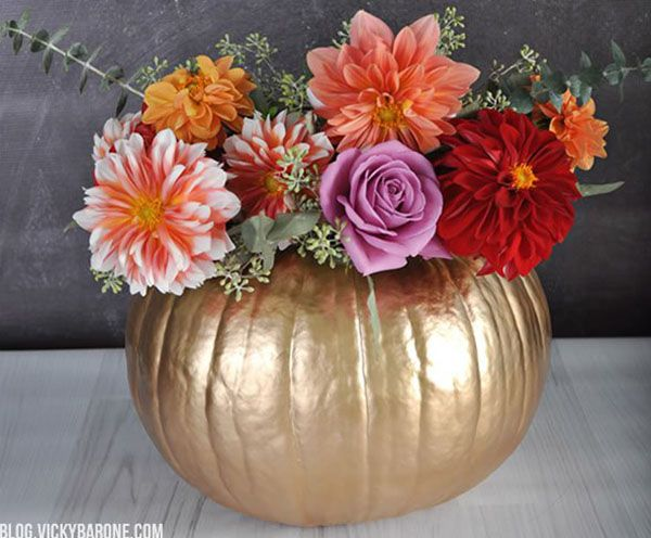 diy golden pumpkin centerpiece