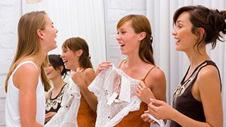13 Rules for a Successful Clothing Swap