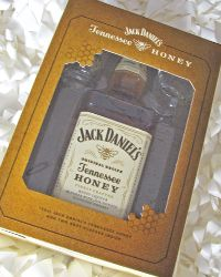 The Party Source Search - JACK DANIEL'S TENNESSEE HONEY LIQUEUR GIFT SET