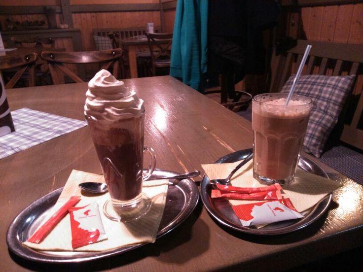 Hot chocolate & Frappé