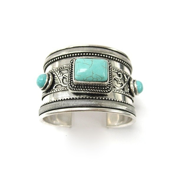 Love.: Turquoise Cuffs, Cuffs Bracelets, Style, Turquoi Jewelry, Silver, Turquoise Jewelry, Turquoise Bracelets, Turquoi Bracelets, Turquoi Cuffs
