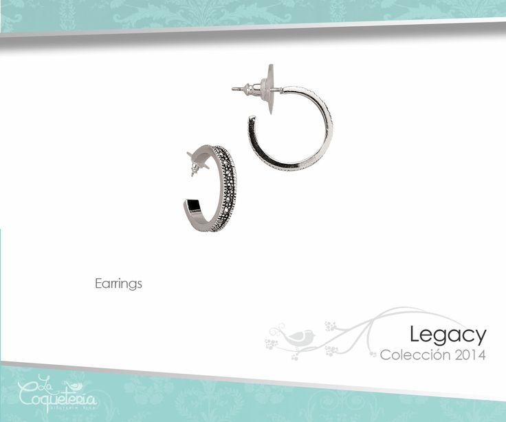 Estos pequeños aretes van con TODO! Color plata conformados por marcasitas genuinas. www.lacoqueteria.co #earrings #aretes #accesories #beautiful #lacoqueteria  #fashion #shoppingonline #tiendaenlinea #mexico #accesorios