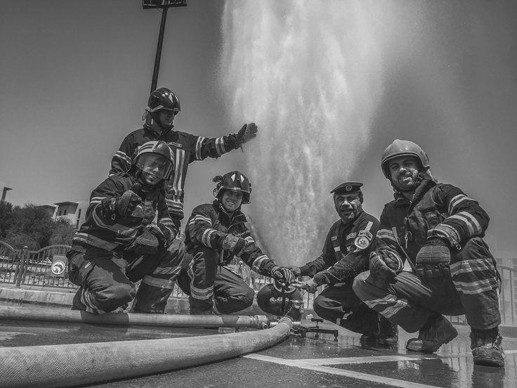 Firefighting Unit from Abu Dhabi Police  #Feuerwehr #Abu #Dhabi #Feuerwehrmann #Police #Feuerwache #gruppenführer #Polizei #Ausland #Beruf #Brandbekämpfung #FwDV #Atemschutz #Blog #Auslandsreport #Emirate #Dubai #Golf #Scheich #Öl #Fahrzeug #Helm #Nomex #Bad #Homurg #Berufsfeuerwehr #Dräger #Rosenbauer #AWG #Hohlstrahlrohr #Flash #over #Backdraft #Feuer #Wasser #löschen #Schaum #Drehleiter