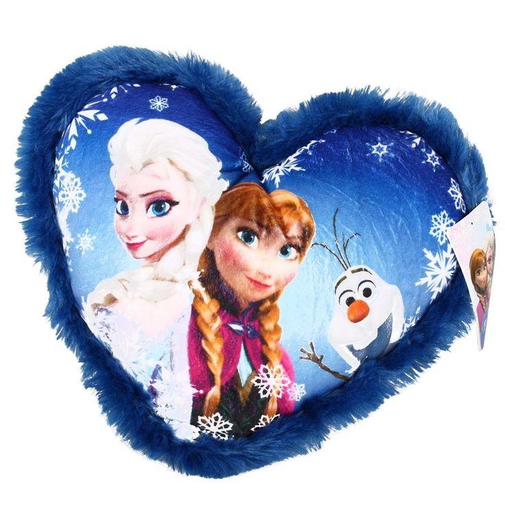 Ben jij een echte Frozen fan? Dan is dit kussen zeker wat voor jou. Dit kussen komt namelijk uit de Frozen film en is gemaakt van polyester. Het kussen heeft de vorm van een hart met in het midden een leuke afbeelding van Anna en Elsa.   Afmeting: 330x330x120 mm - Kussen Frozen Elsa en Anna: 33x33 cm
