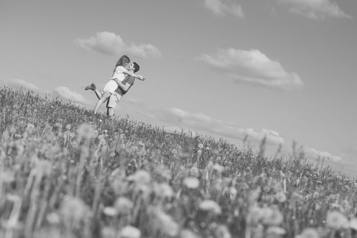 Engagement shoot in summery floral field, black and white photography.  Matt Fox Photography - Blog
