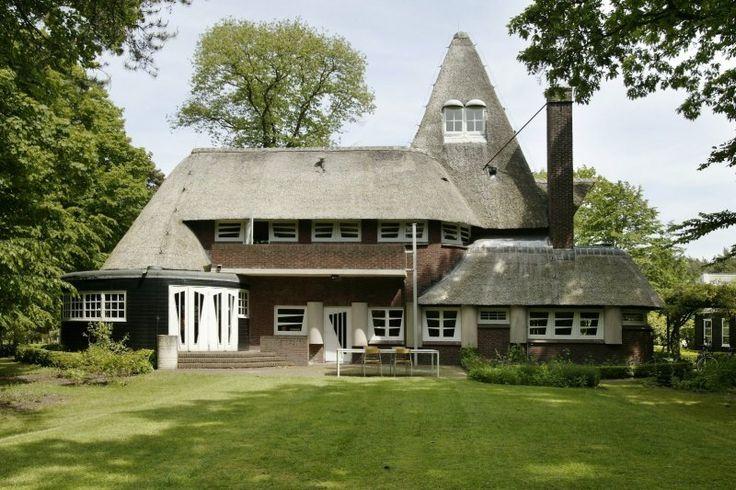 34 best rieten kap images on pinterest bergen mansions for Engelse tuin 1 waalre