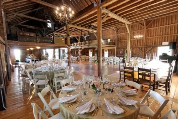 Rustic Wedding Venue The Chestnut Barn On Tyrone Farm In Connecticut Wedding Venue