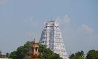 1370: the Vijayanagar kingdom conquers the Muslim sultanate of Madura (Tamil Nadu)