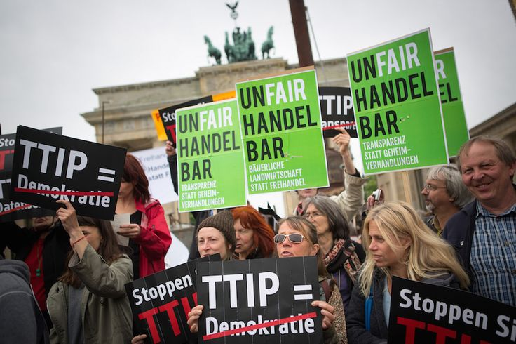 USA treffen intransparente Auswahl für Texte in TTIP-Leseraum - http://www.statusquo-news.de/usa-treffen-intransparente-auswahl-fuer-texte-in-ttip-leseraum/