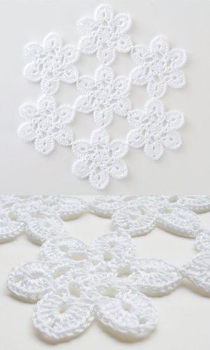 28-50 Soft Lace Motif Doily, free pattern by Pierrot (Gosyo Co., Ltd).  Fingering weight cotton, hook size 'B'.   #crochet #flower