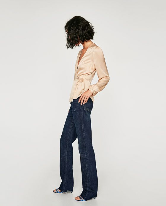 Image 4 of LONG SLEEVE CROSSED FRONT BLOUSE from Zara