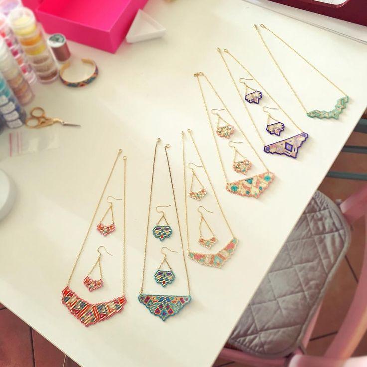 Colliers plastrons et boucles assorties. Bientôt en vente sur le site (lien dans ma bio).