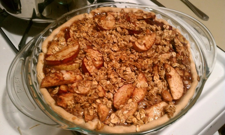 Eric's Apple Pie - with Granola and Brown sugar topping