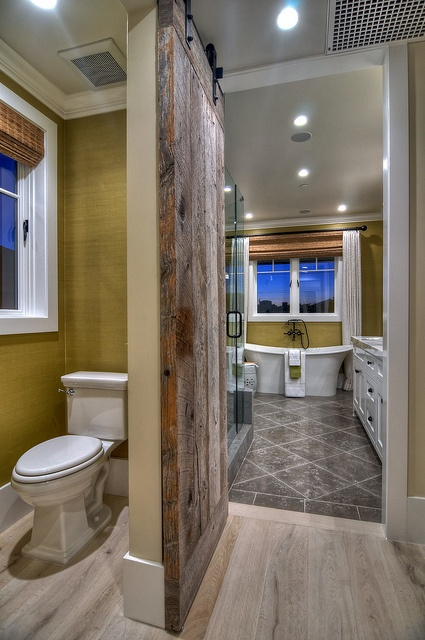 RoomReveal - Diamond Beach Cottage - Master Bathroom by Kevin Smith