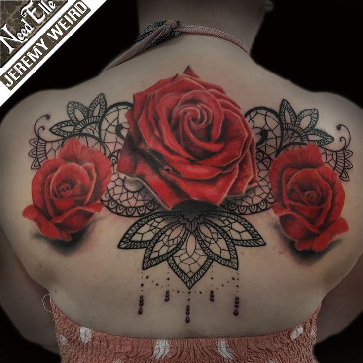 Les 25 meilleures id es de la cat gorie tatouages rose en - Tatouage rose hanche ...