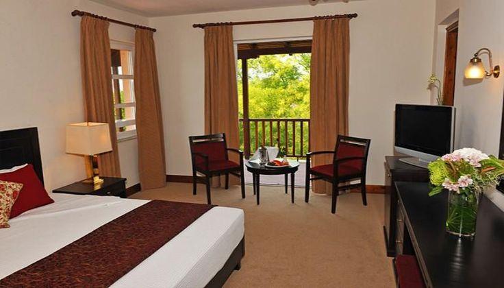 28η Οκτωβρίου στην Καλαμπάκα, στη σκιά των Ιερών Βράχων των Μετεώρων, στο 4* Amalia Kalambaka Hotel μόνο με 210€!