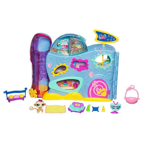 Littlest pet shop pet hotel playset hasbro toys r us for Pet hotels near me