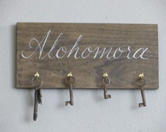 hand painted HARRY POTTER alohomora spell key rack holder sign house warming gift
