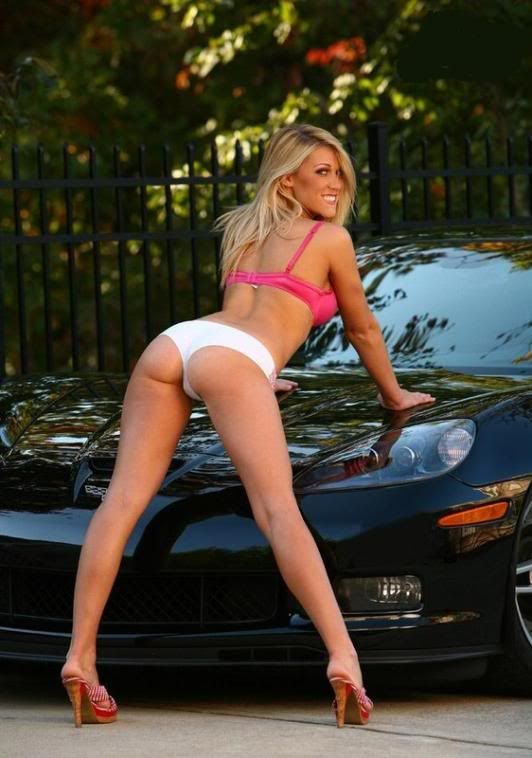 corvettes and Nude women