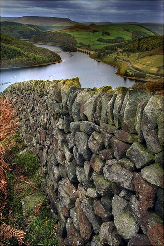 Dried Stone Wall by Simon Bull Images, via Flickr  Above the Ladybower Reservoir in Derbyshire, this dry stone wall leads down from Bamford Edge