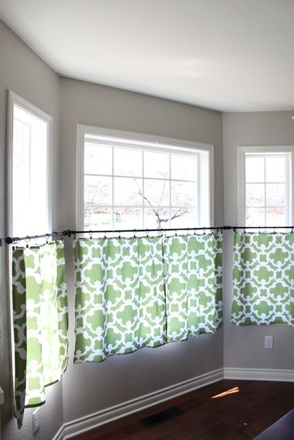 I Have Wanted To Add A Touch Of Green Our House For While Now Was Also In Need New Cafe Curtains Dining Room Bay Window