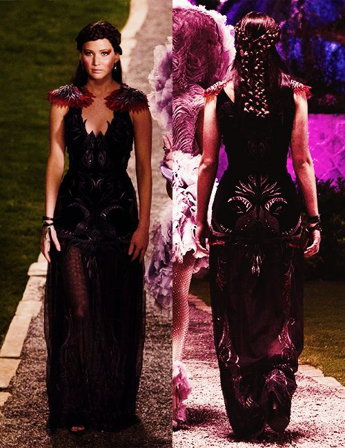 Hunger Games Capitol Cosplay Katniss Everdeen's bla...