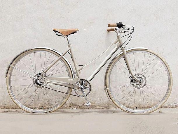 10 Best City Bikes Camille Styles Mensbikes City Bike Style