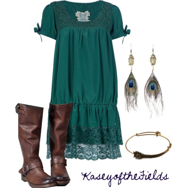 cute dress and boots - but no peacock earrings!