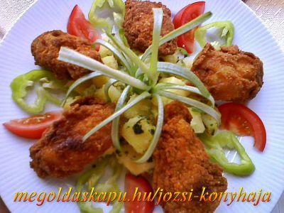 Csirkeszárnyak borgonyapehelyben http://megoldaskapu.hu/csirkeszarny-receptek/csirkeszarnyak-borgonyapehelyben • 1 kg csirke szárny • só A panírozáshoz: • finomliszt • tojás • burgonya pehely v. burgonyapüré por • chili /v. csípős paprika pehely/ • 1 mk cayenne-i bors • 1 mk steak bors • 1 mk fokhagyma por A sütéshez: • étolaj