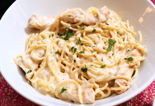 Quiche sans p te au poulet l g re recettes cuisine - Recette de cuisine quiche au poulet ...