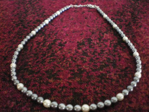 Horseshoe Necklace #bestofEtsy #etsyretwt