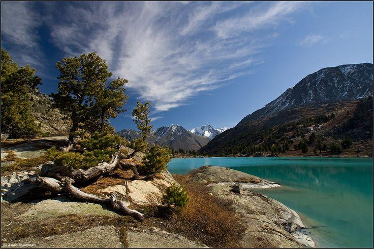 Озеро Дарашколь, Горный Алтай. Фото: Анна Графова.