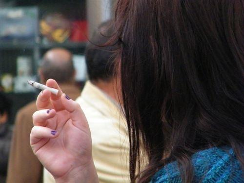 España, el país de la UE que más ha reducido la exposición del fumador pasivo