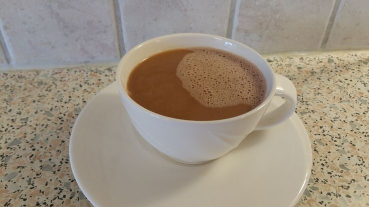 God morgen og god fredag. Bare noen timer igjen til helg for de fleste av oss.  Sola skinner og livet ler… I dag tenkte jeg at jeg skulle dele en oppskrift på frokost-kakao. Dette er en…