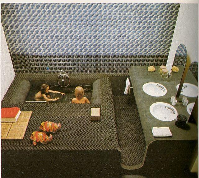 1970s Bathroom Tiles: 17 Best Images About Retro Bathrooms On Pinterest