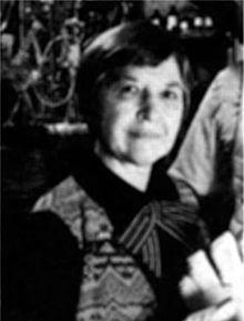 Stephanie Kwolek - Inventor of Kevlar, it's what bulletproof vests are made of.