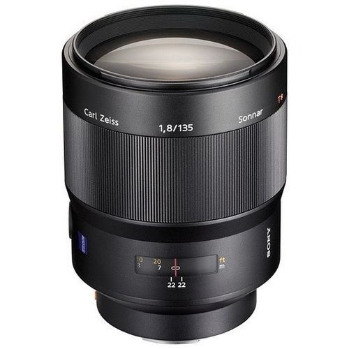 A Carl Zeiss 135mm f1.8 telephoto lens