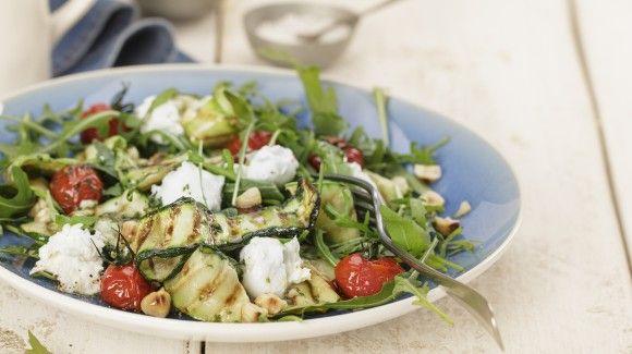 Salade van gegrilde courgette-linten