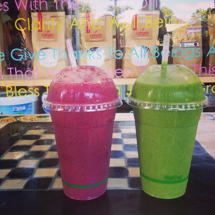 Green and Red smoothies from #NakedTreaties #ByronBay #Raw #Smoothie