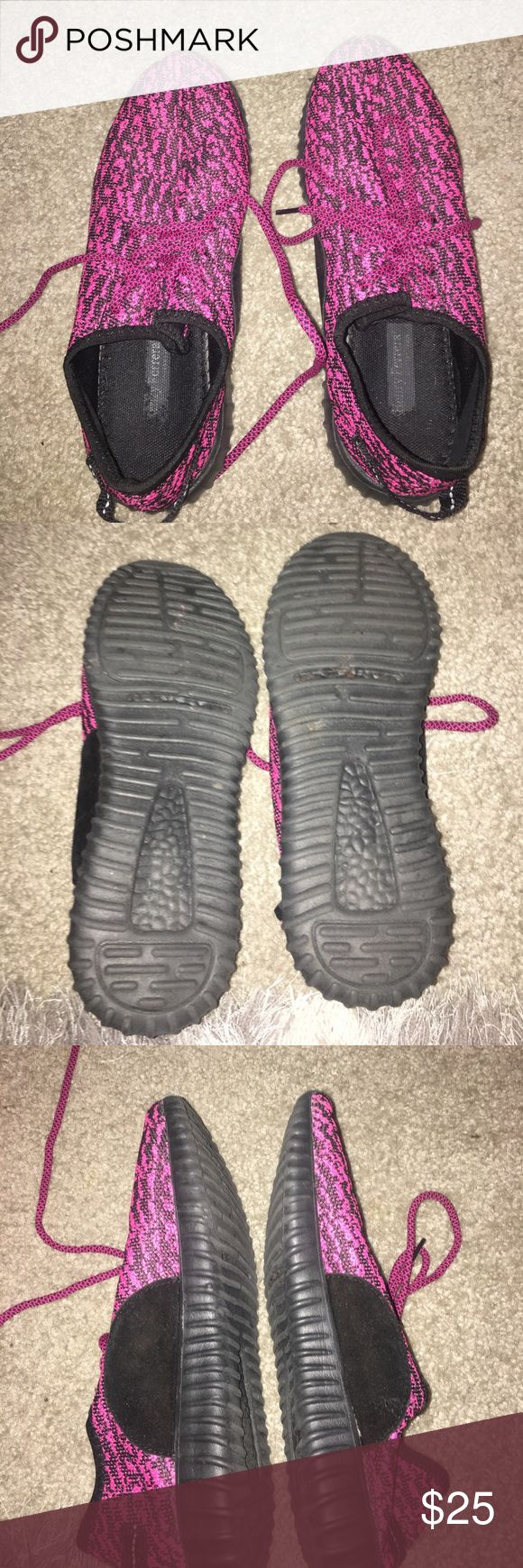 Knock off Pink Yeezy shoes Great condition and only worn a few times! Very light and breathable! Shoes Athletic Shoes