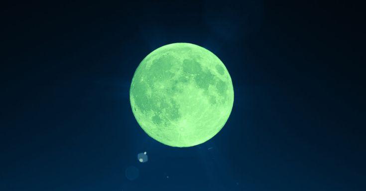 No, The Moon Won't Turn Green On April 20th - Farmers' Almanac