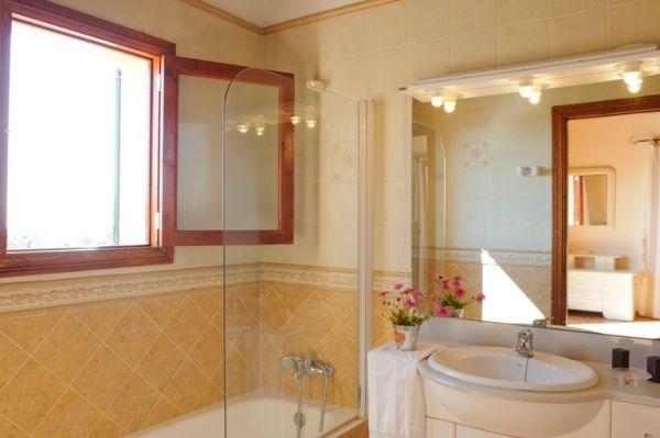 country house catalina-bathroom