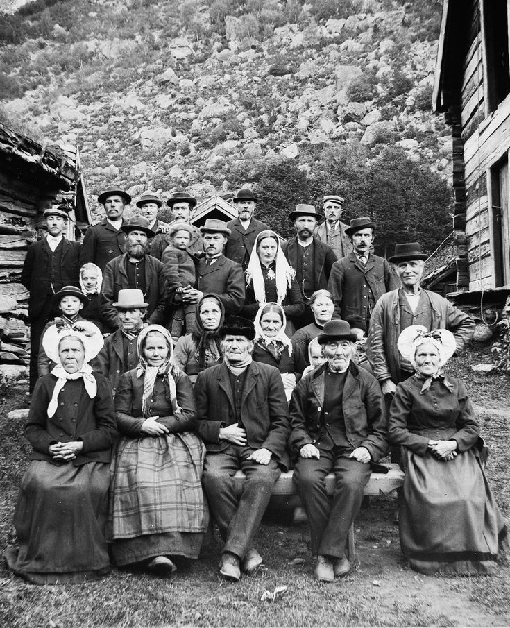 Stunning 1900 images record Norwegian villagers amid epic landscapes
