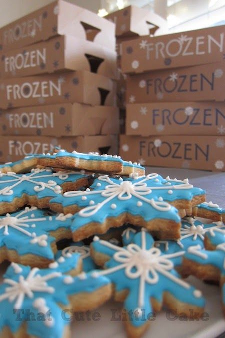 That Cute Little Cake: Frozen Movie Night|Cakes, Crafts and PARTIES | That Cute Little Cake | DIY kids birthday party
